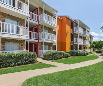 Investors Buy Three More S.A. Apartment Complexes, Adding to Trend